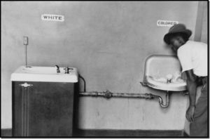 Segregated Drinking Fountains 1950. © Elliott Erwitt