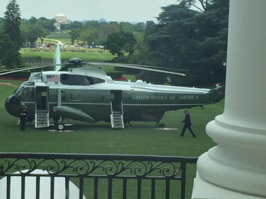 Surprise Marine One and POTUS